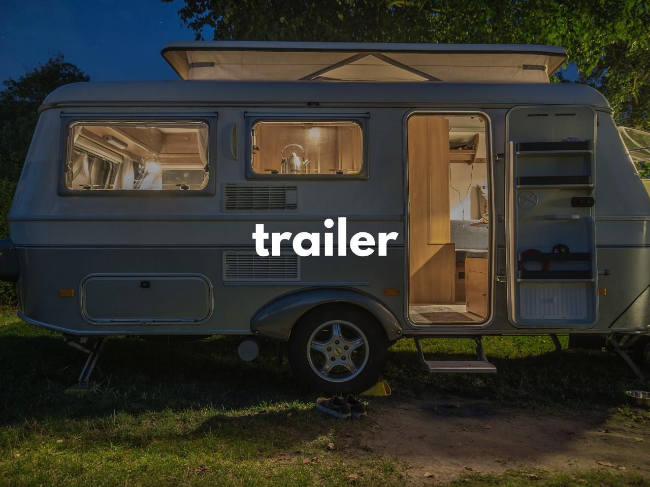 trailer : 車で引く移動住宅